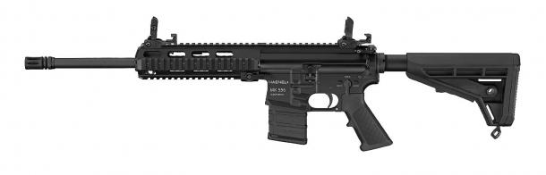 Fucile d'assalto Haenel MK 556 in versione a canna lunga con astina Picatinny – lato sinistro