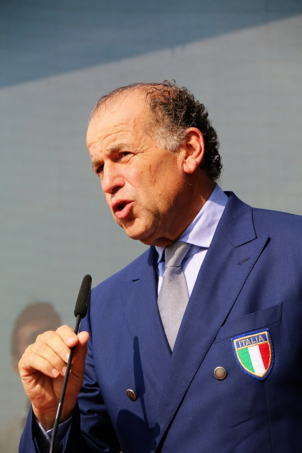 A sitting board member of WFSA and long-term president of the Italian clay shooting federation (FITAV), as well as a former member of the Italian Senate, Luciano Rossi is a big name in shooting sports at a global level