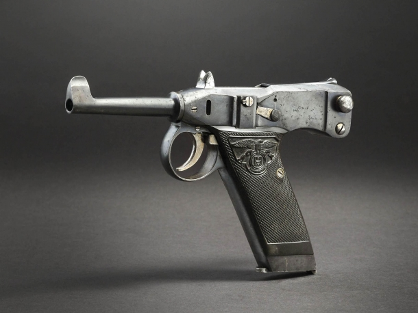 One of the rarest self-loading pistols, an Adler self-loading pistol, 1907