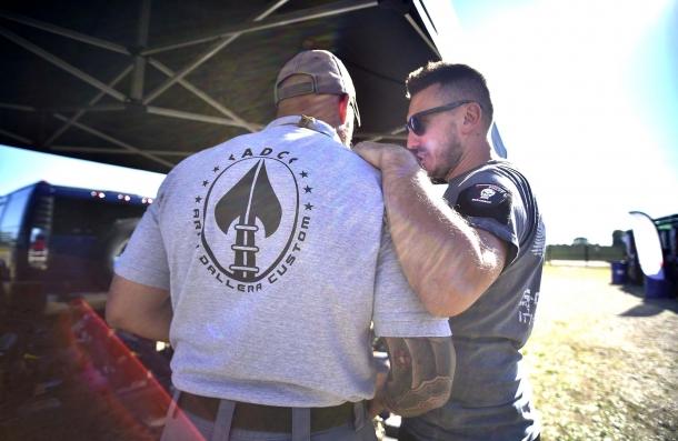 Da sinistra: Paolo Fogazzi (ATD 772) e Cristian Dallera (ADC) discutono dettagli organizzativi