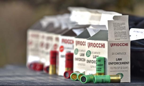 Munizioni Fiocchi della linea Law Enforcement: grazie all'incredibile versatilità del munizionamento, il fucile tattico in calibro 12 rappresenta una delle soluzioni più efficaci in moltissimi ambiti operativi