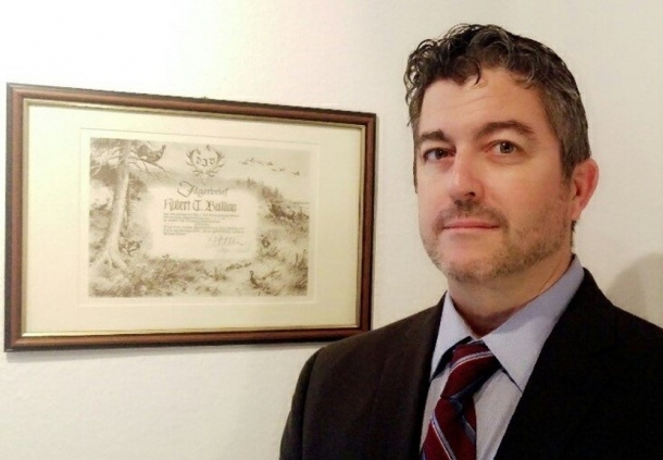 Robert Bullion