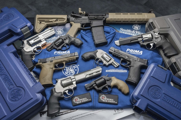 Smith & Wesson Official Point