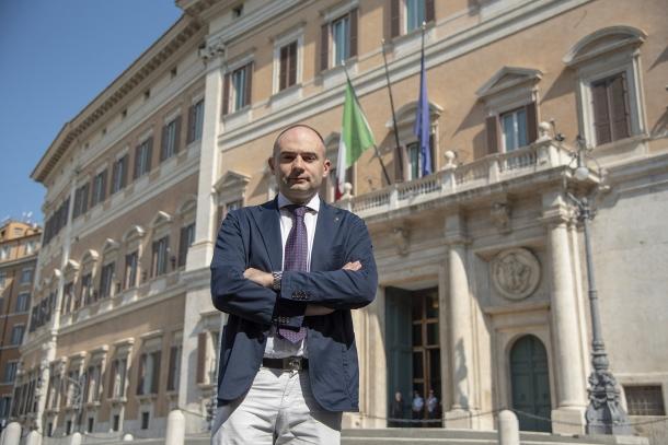 L'Onorevole Gianluca Vinci (Lega), Vicepresidente della 1a Commissione Affari Costituzionali della Presidenza del Consiglio e Interni