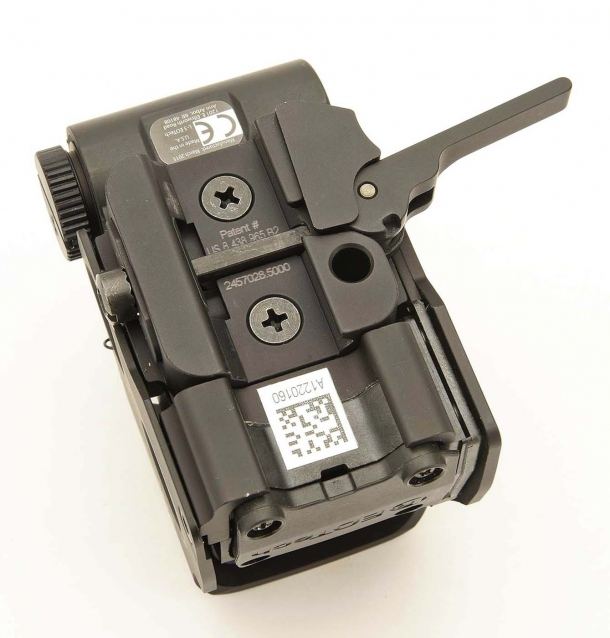The EOTech EXPS3 is compatible with MIL-STD 1913 Picatinny sights