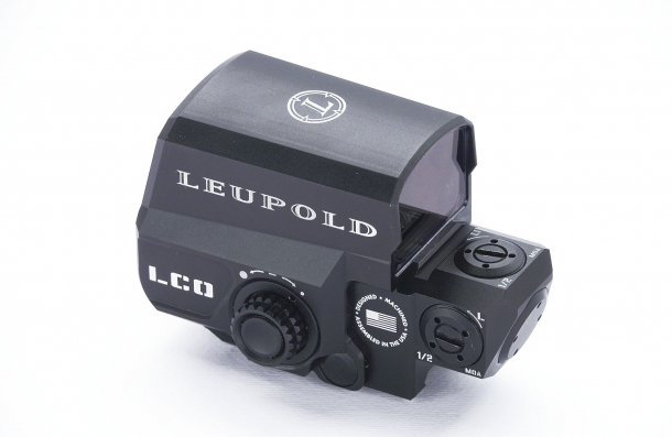 Left side of the LCO, with the control for the red dot intesity