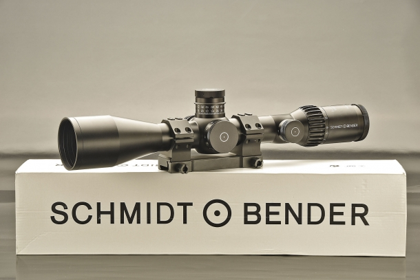 Il cannocchiale Schmidt & Bender PM II 3-27x56 High Power