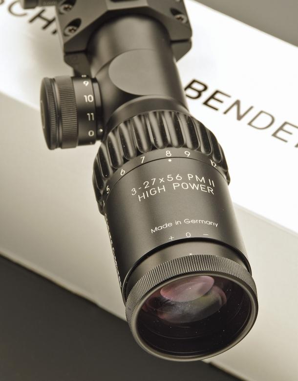 L'oculare del cannocchiale Schmidt & Bender PM II 3-27x56 High Power