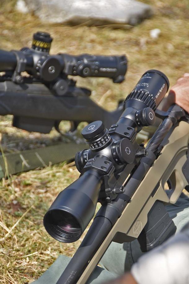 Il tiro di precisione ruota attorno a 4 elementi chiave: tiratore, arma, munizione e ottica, dove la qualità di quest'ultima riveste un ruolo importante
