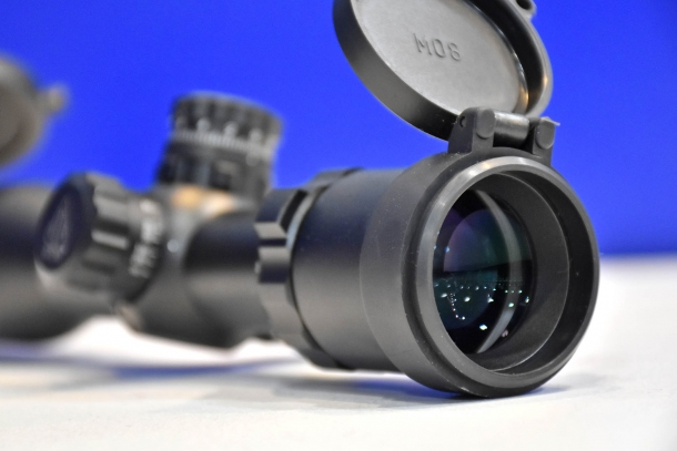 Leapers UTG BugBuster 3-12x32mm riflescope