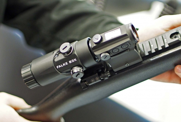 The Falke B3X / B5X scope multiplier for reflex sights