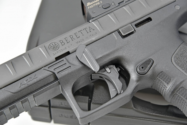 On all variants of the Beretta APX design, the takedown lever is located on the left side of the frame