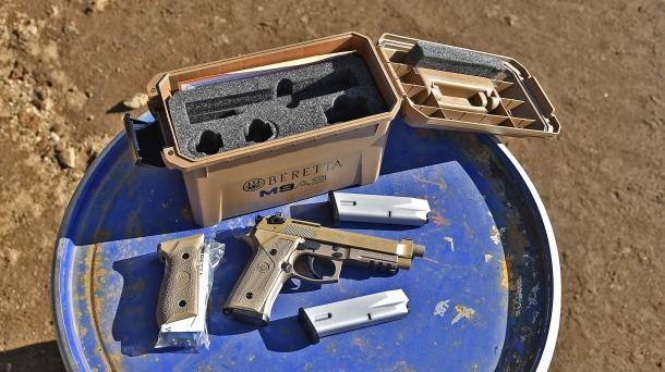 La Beretta M9A3, prodotta negli stabilimenti di Gallatin, viene fornita in uno speciale kit