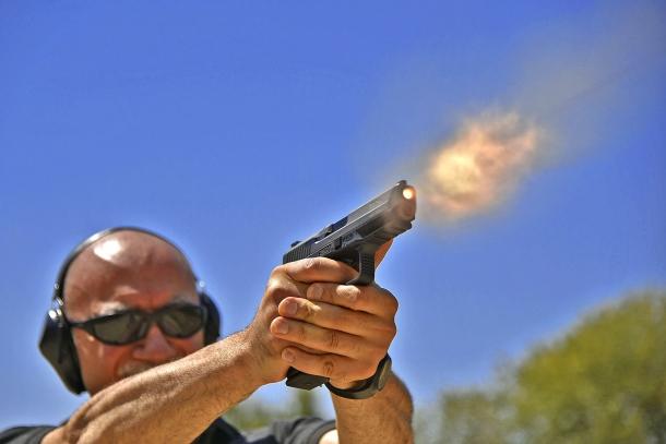 L'autore dell'articolo: inveterato utilizzatore Glock, proprio per questo ha potuto apprezzare le qualità delle pistole Canik