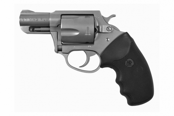 Il Charter Arms Pug  in .357 Magnum