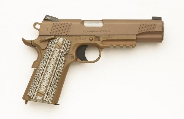 Lato destro della Colt M45A1 CQBP