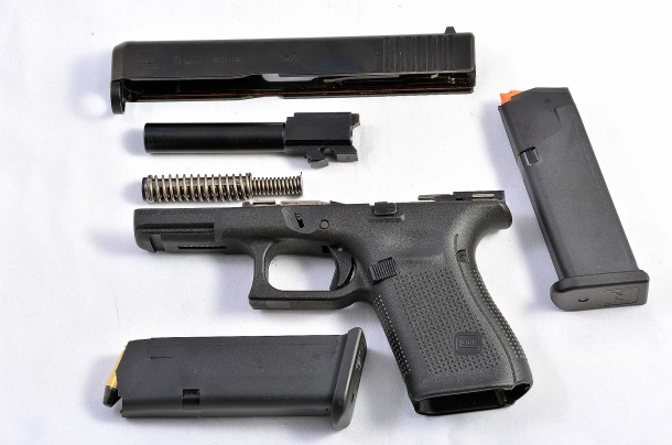 La Glock G19 Gen5 in smontaggio da campo