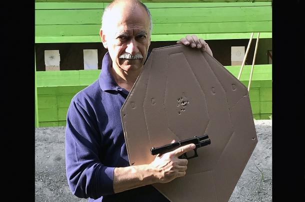 Rosata ottenuta a 12 metri con la Glock G19 Gen 5 calibro 9mm