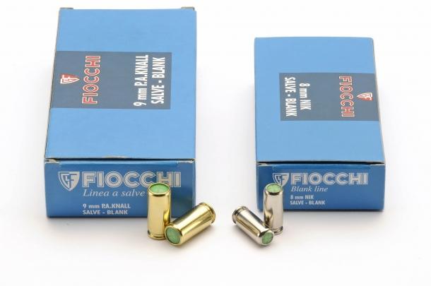 Munizioni calibro 9mm PAK (per pistole da segnalazione) e 8mm NIK (per pistole a salve)