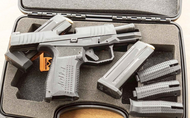 Pistole Striker-Fired: AREX Rex Firearms Delta