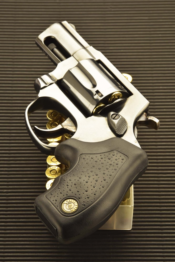 The Taurus 85 Defender revolver features a slip-proof rubberized grip