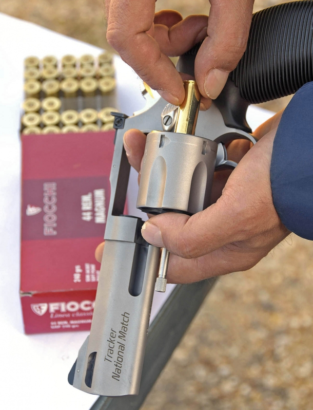We tested both models with Fiocchi .44 Remington Magnum SJSP 240 gr commercial loads