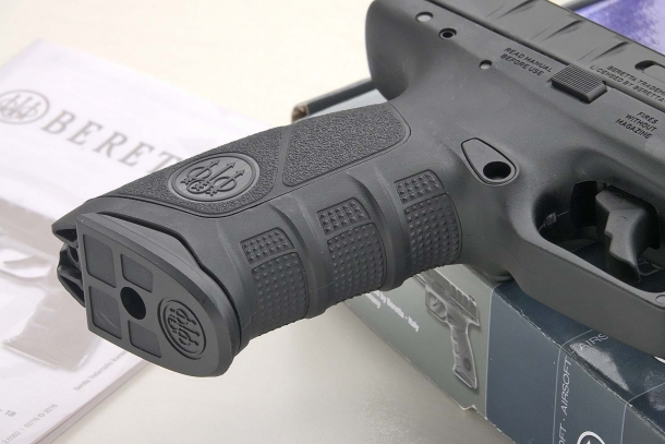 The Beretta logo is featured on the grip and on the magazine floorplate
