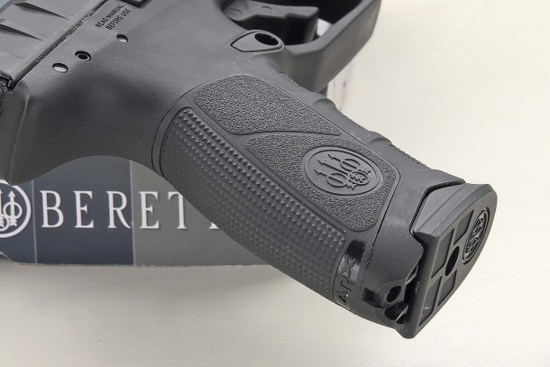 The grip is checkered with multiple slip-proof surfaces