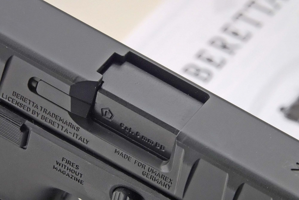 """The ejection port sports the """"F-in-pentagon"""", a German proof stamp for airguns and airsoft replicas"""