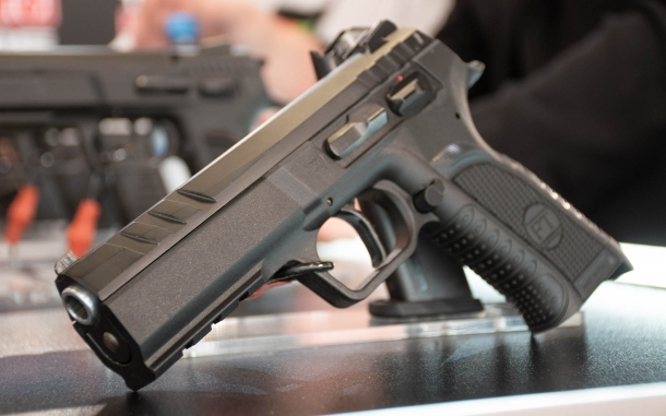 Tanfoglio Force Esse, a new striker-fired pistol from Italy