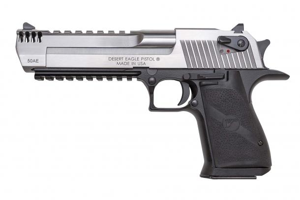 La Magnum Research distribuirà il calibro 429 DE in due diversi caricamenti, assieme a vari kit di conversione per le pistole Desert Eagle in calibro .50 AE