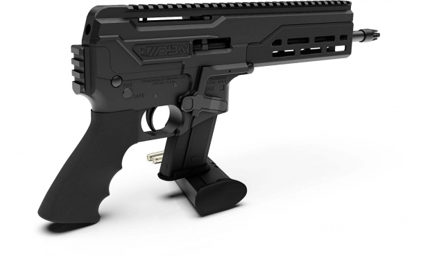 Diamondback Firearms DBX, la nuova pistola calibro 5.7x28mm