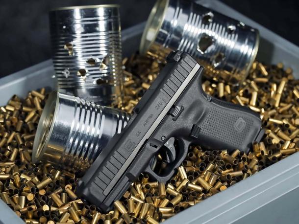 Glock 44 calibro .22: l'austriaca da allenamento... autentica