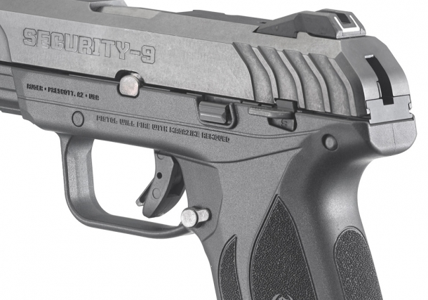 The Ruger Security-9 also offers a manual safety located on the left side of the frame