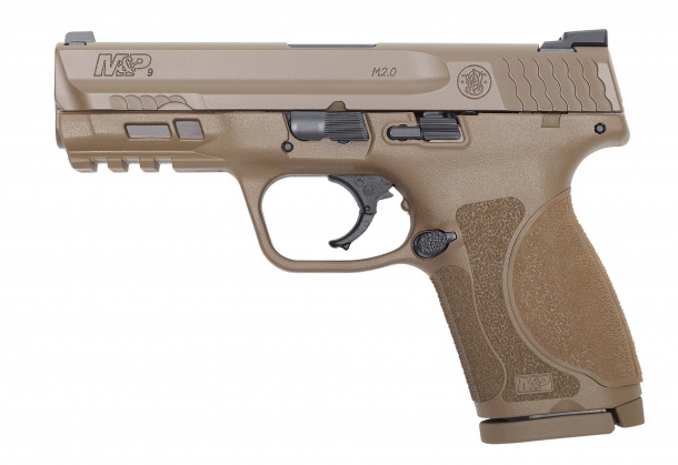 Smith & Wesson M&P M2.0 Compact Flat Dark Earth pistol