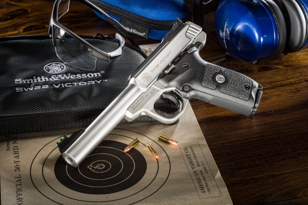 The SW22 Victory Target pistol is constructed on a single-action, enclosed hammer-fired, blowback semi-automatic design