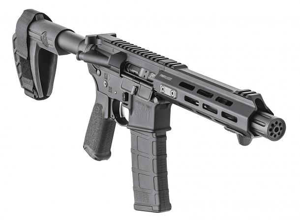 """La """"pistolona"""" Springfield Armory SAINT AR-15 Pistol presenta quello che viene definito uno """"Armbrace"""""""