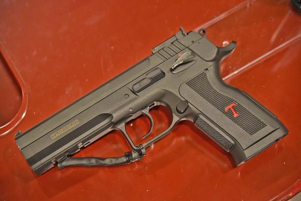 La pistola Tanfoglio Stock III P
