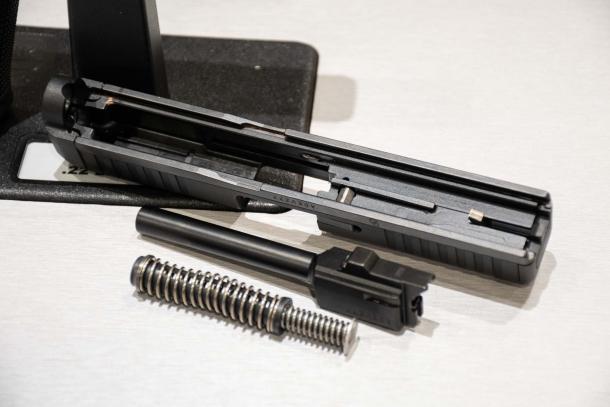 Glock G44 calibro .22 Long Rifle: la piccola grande pistola austriaca a percussione anulare