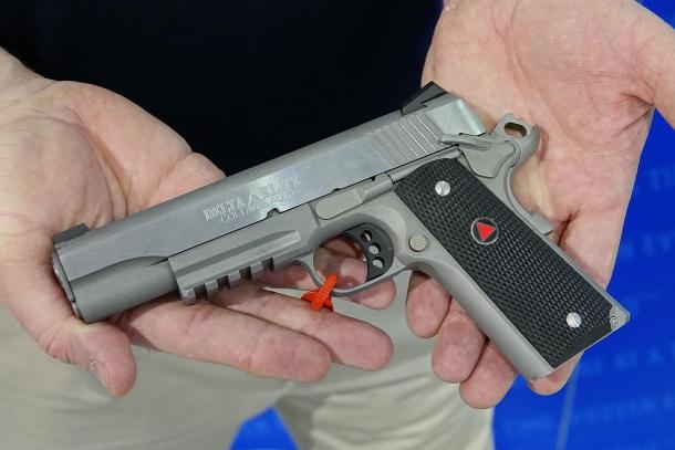 Colt Delta Elite Rail Gun