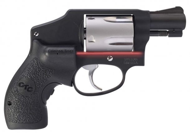 Smith & Wesson 442 Performance Center revolver