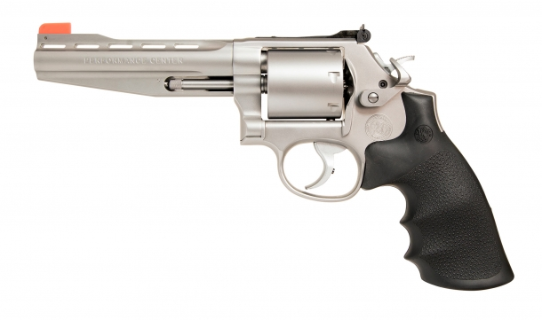 Smith & Wesson Performance Center Model 686 Plus