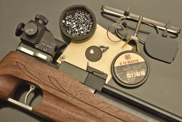 VIDEO: Chiappa Firearms - Carabina FAS AR 611