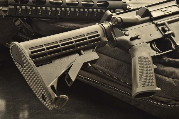 La calciatura regolabile. Su questi fucili è possible montare qualunque tipo di accessorio aftermarket