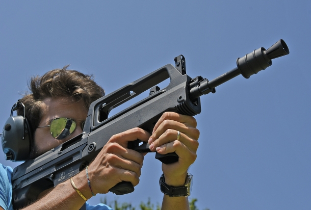 Lo SDM M77 Commando al tiro