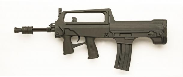 Lato sinistro dello SDM M77 Commando