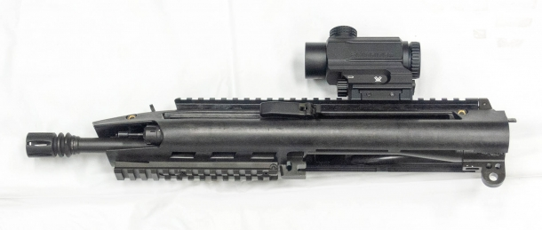 The upper receiver of the BR18 assault rifle, featuring the ambidextrous charging handles