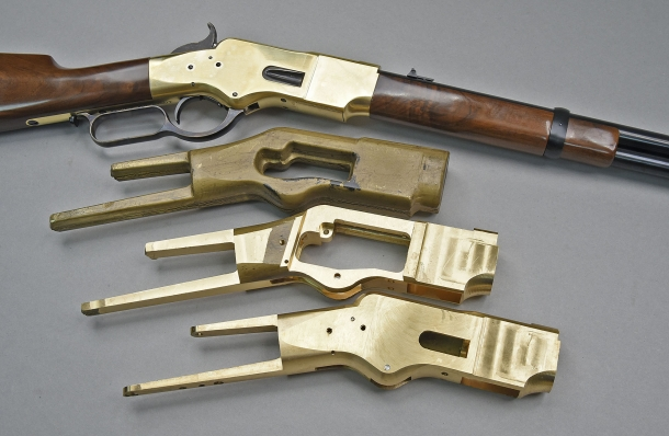 Like in 1866, the Uberti replica is manufactured through a series of machining processes that obtain the finshed receiver starting from a 5 kg, single block of forged brass