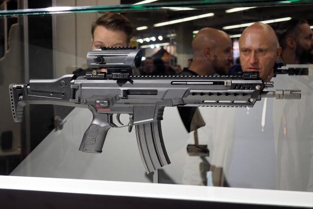 La Heckler & Koch ha esposto il nuovo HK433 all'edizione 2017 di EnforceTac