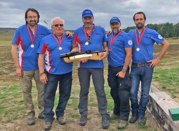 Da sinistra: Pier Bussetti, Gabriele Tavani, Giovanni Maglione, Lorenzo Brandi, Gianmattia Molina